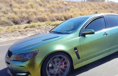 Holden VF Commodore SS