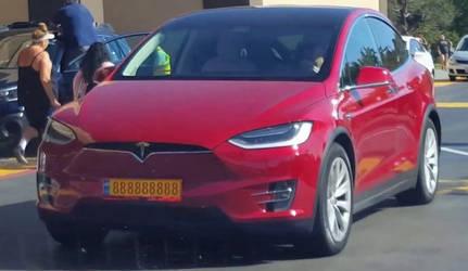 Tesla Model X Euro