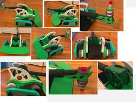 Jasper from Battlebots cardboard replica