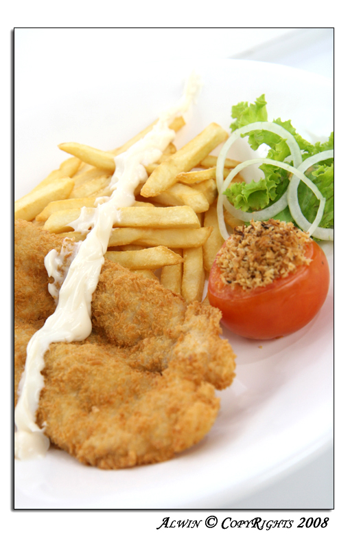 Main Dish: Fish and Chips by otaru23
