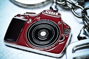 Canon EOS 1100D Red Keychain by otaru23