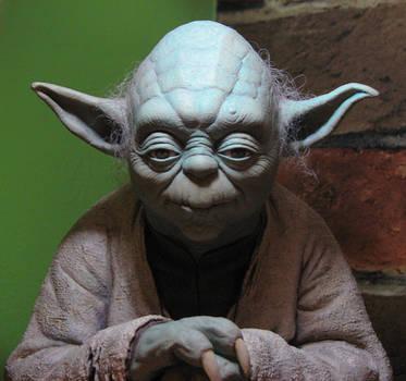 Yoda Statue by TrevorGrove