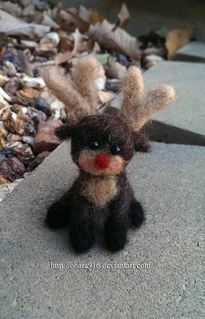 Needle Felted Reindeer by ohara916