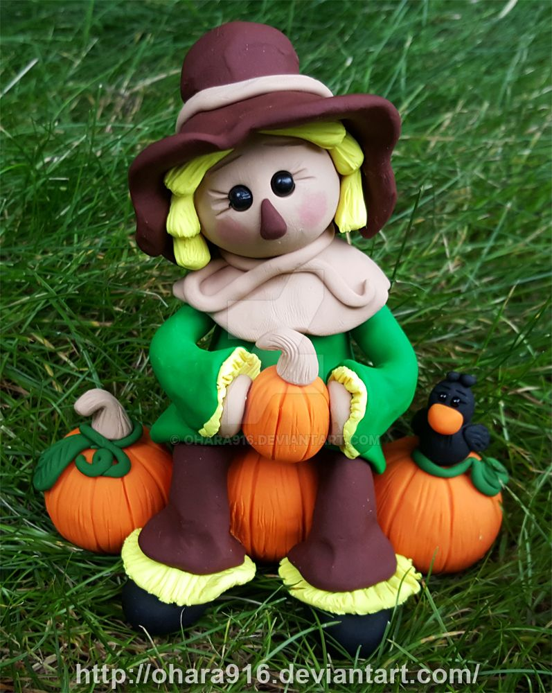 Scarecrow in the Pumpkin Patch: Sold by ohara916