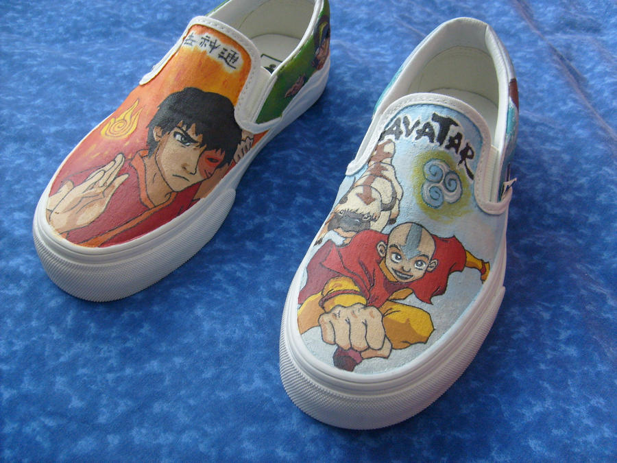 Hand-painted Avatar shoes by AliRenae on DeviantArt: alirenae.deviantart.com/art/hand-painted-avatar-shoes-173917834