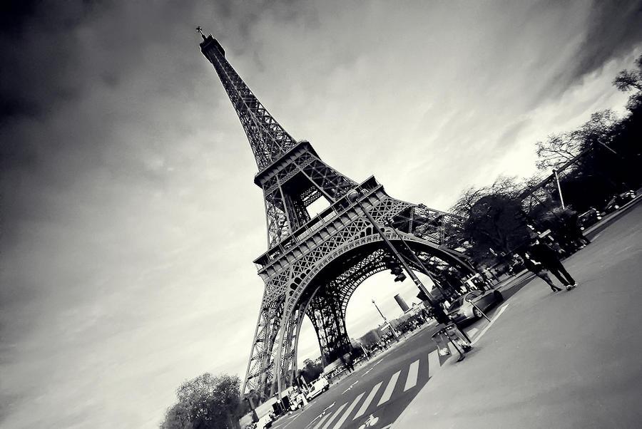 la tour eiffel II by PaLiAnCHo on DeviantArt