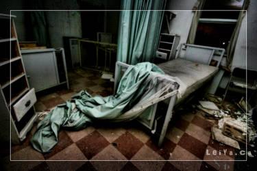 Bed.. by LeiYa-X