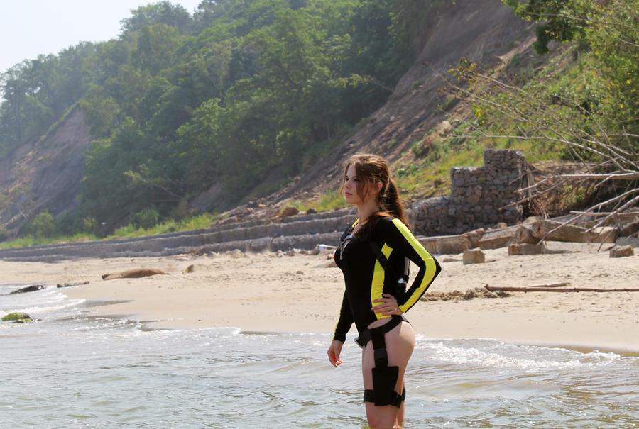 Lara Croft wetsuit by Anastasya01