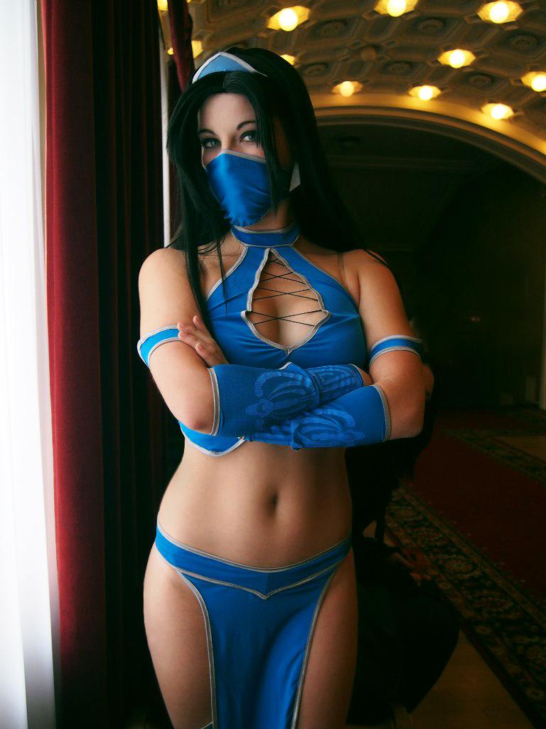 Kitana-Mortal Kombat by Anastasya01