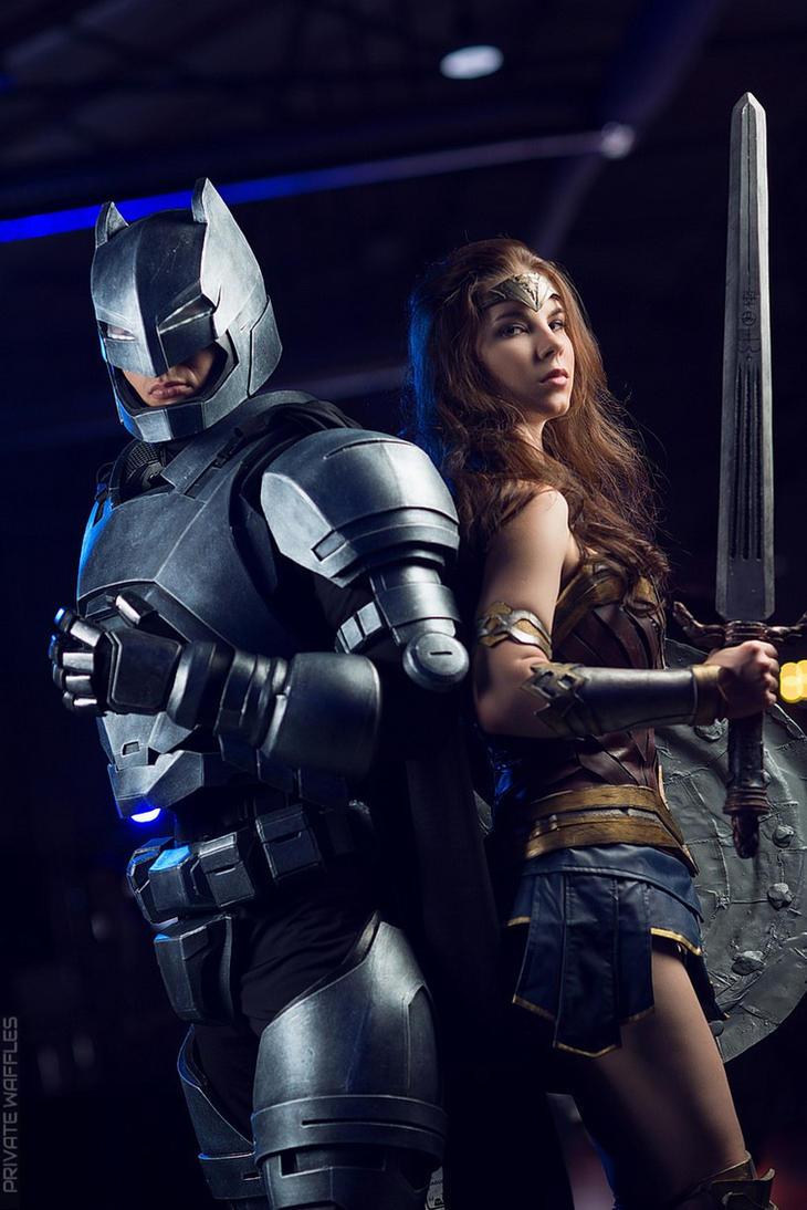 Batman VS Wonder Woman by Anastasya01