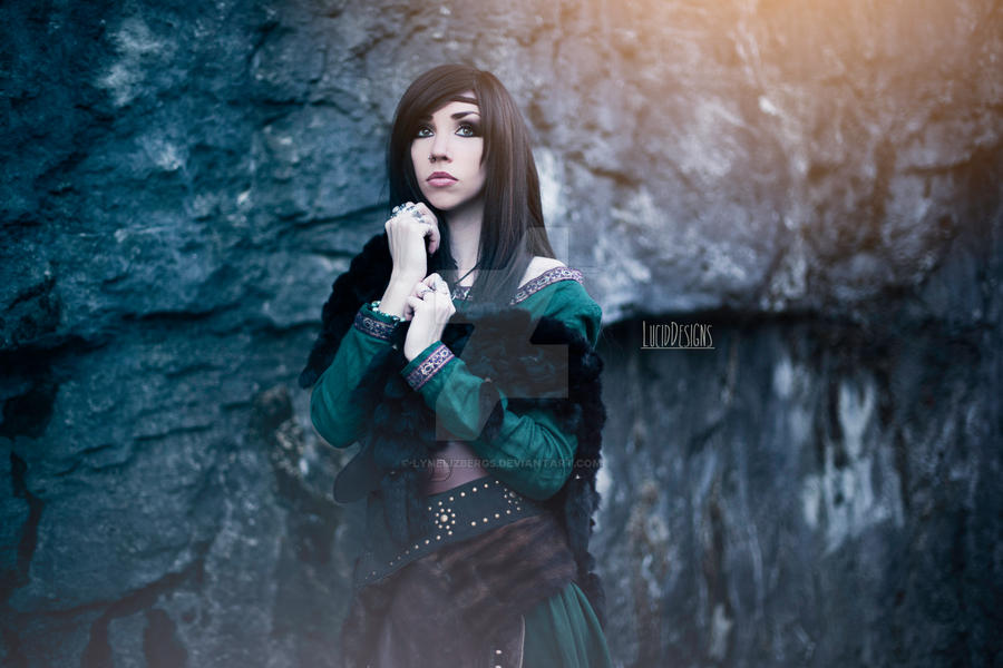 Lady of the Woods 4
