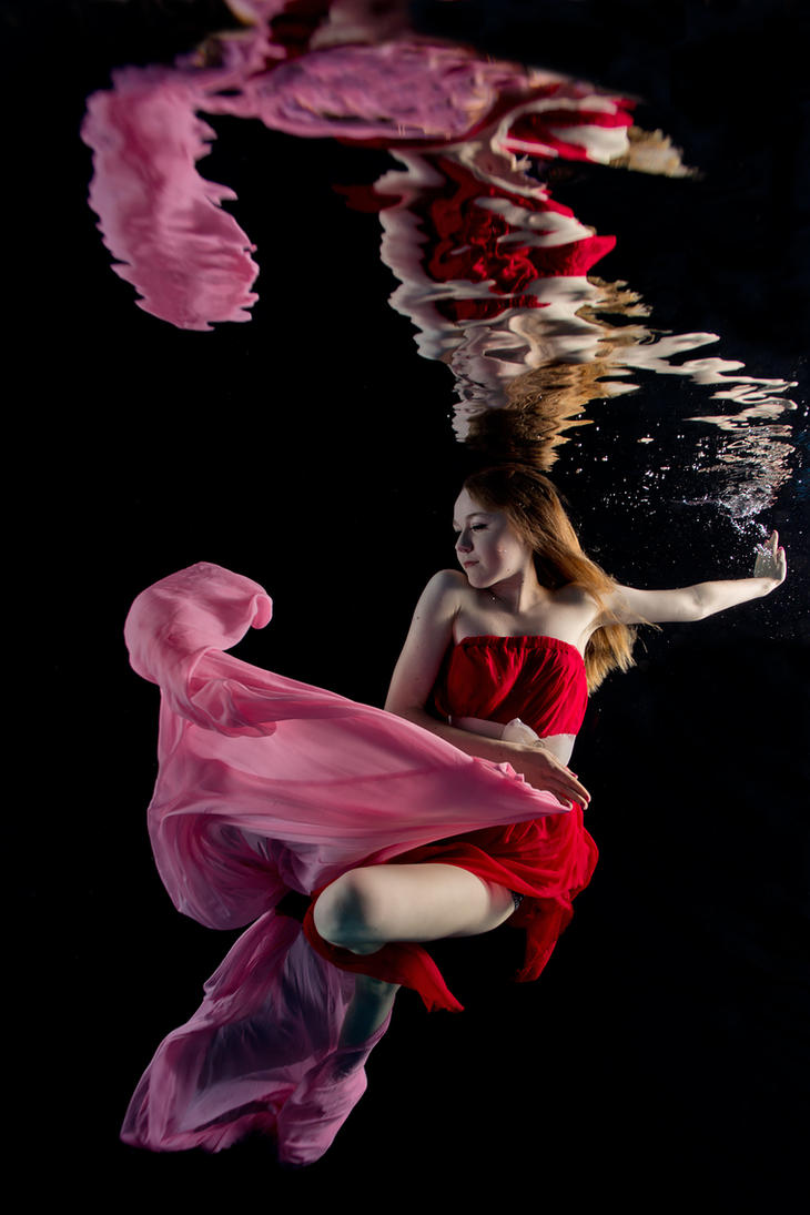 Wavedancer by ChicEnchante