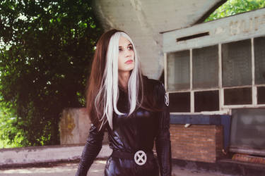 Rogue - X3 Cosplay by TatsuoCosplay