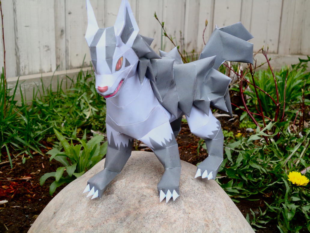Mightyena Papercraft by studioofmm