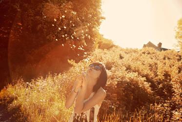 Bye to Autumn by xynthian