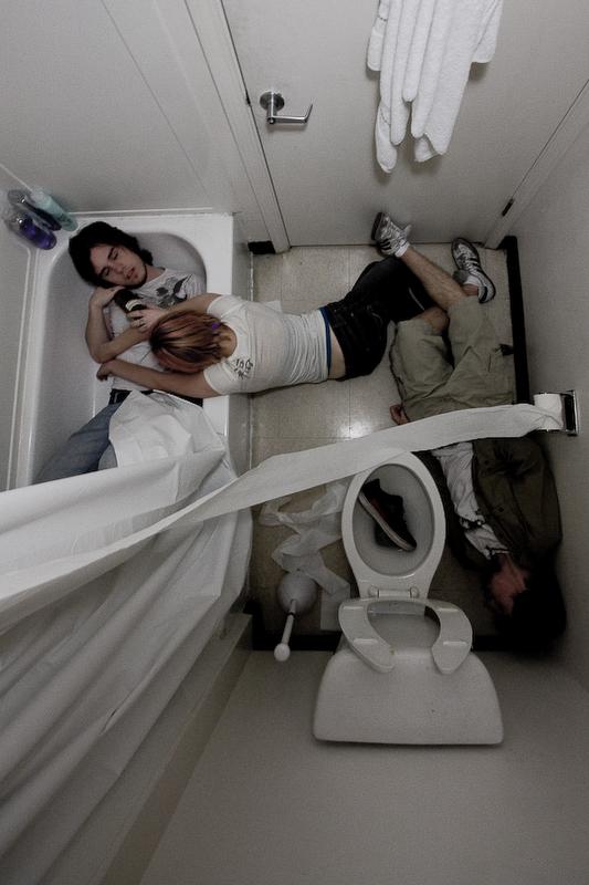 The Bathroom by 4evrsnotlngenuf