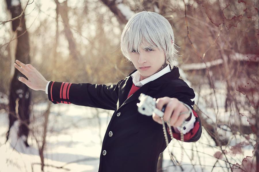 [Resim: cosplay_vampire_knight_by_anima89-d4s5k2h.jpg]