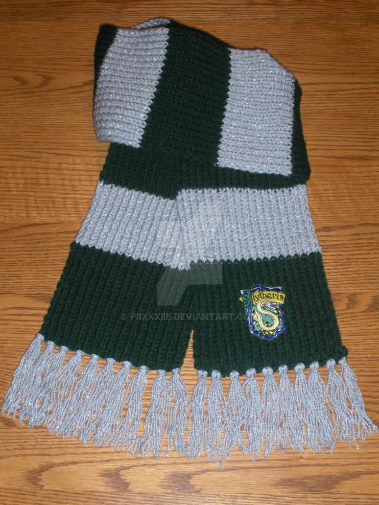 Knitting Pattern For Slytherin Scarf : Slytherin Scarf by PiixXxiiE on DeviantArt
