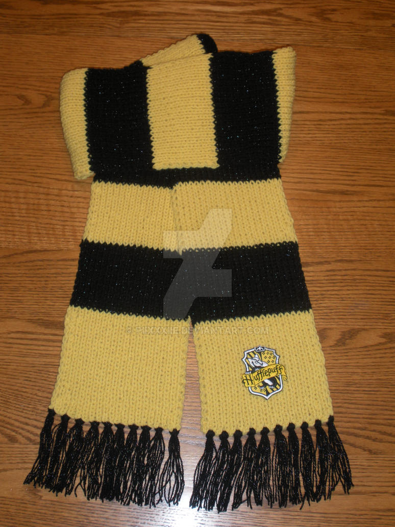 Hufflepuff Scarf Knitting Pattern : Hufflepuff Scarf by PiixXxiiE on DeviantArt