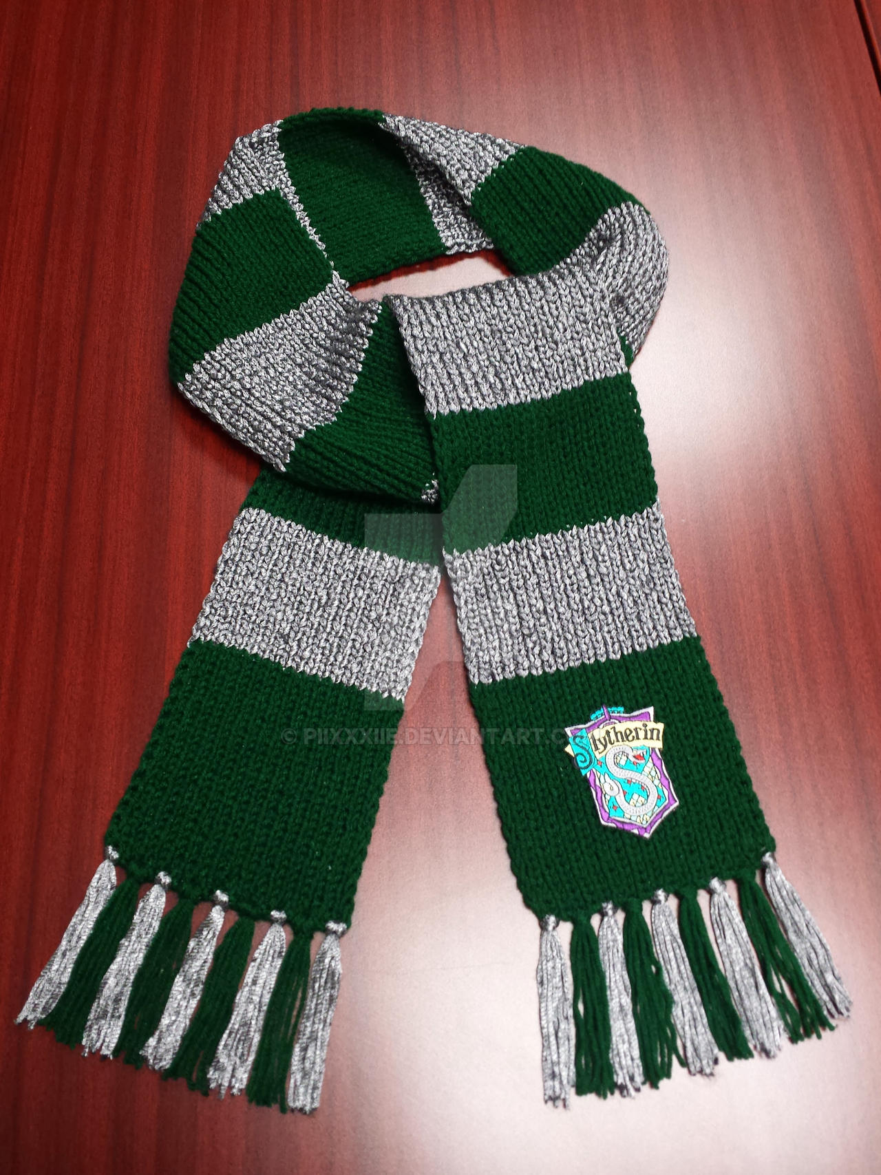 Harry Potter Scarf Knitting Pattern Slytherin : Slytherin Scarf II by PiixXxiiE on DeviantArt