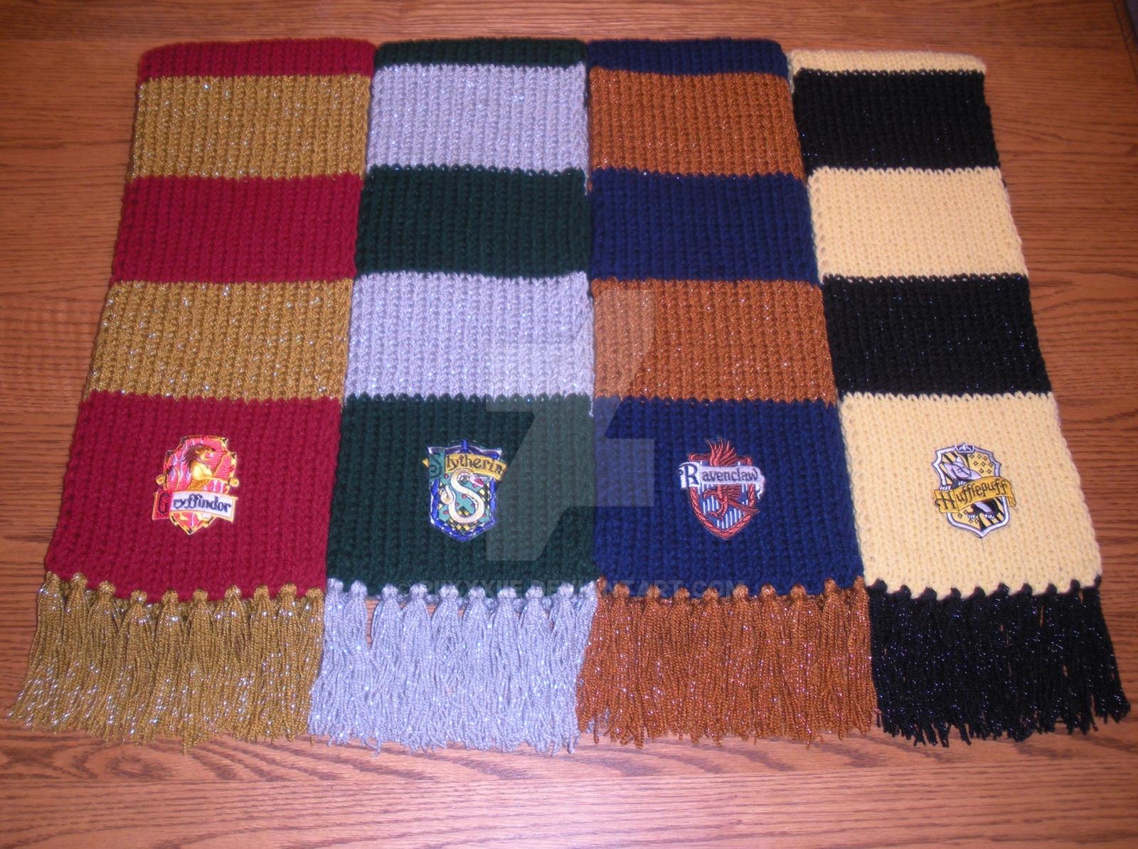 harry potter hogwarts house scarves by piixxxiie on deviantart