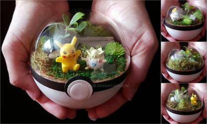 Poke Ball Terrarium - Pikachu and Togepi