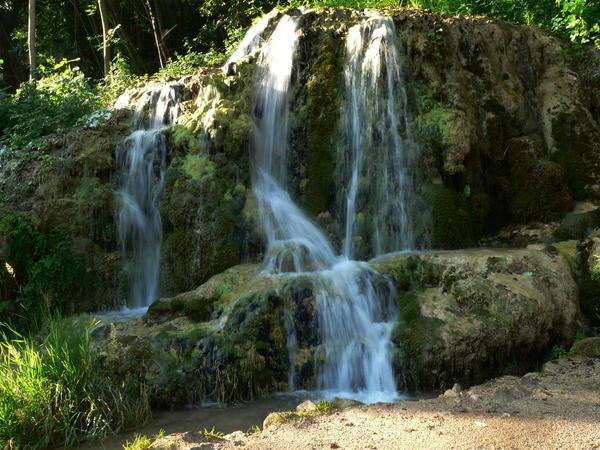 Waterfall near the Krka by getupp