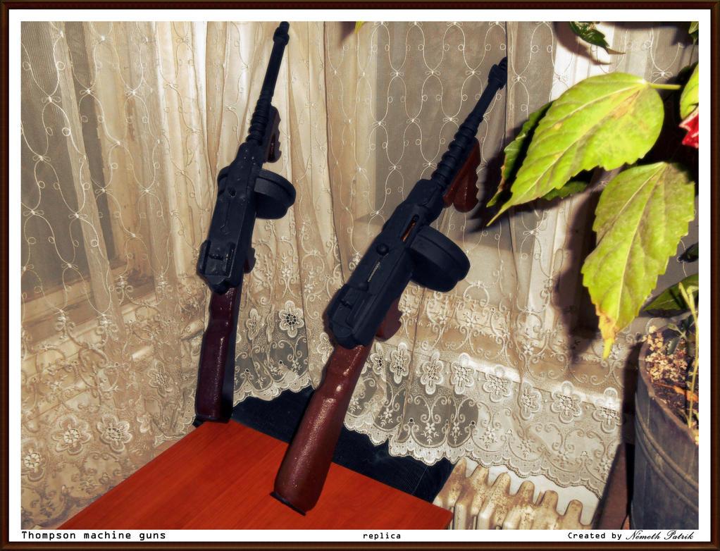 Thompson machine guns by talpimado