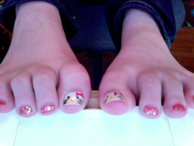 Hello Kitty Toe Nails Related Keywords And Tags