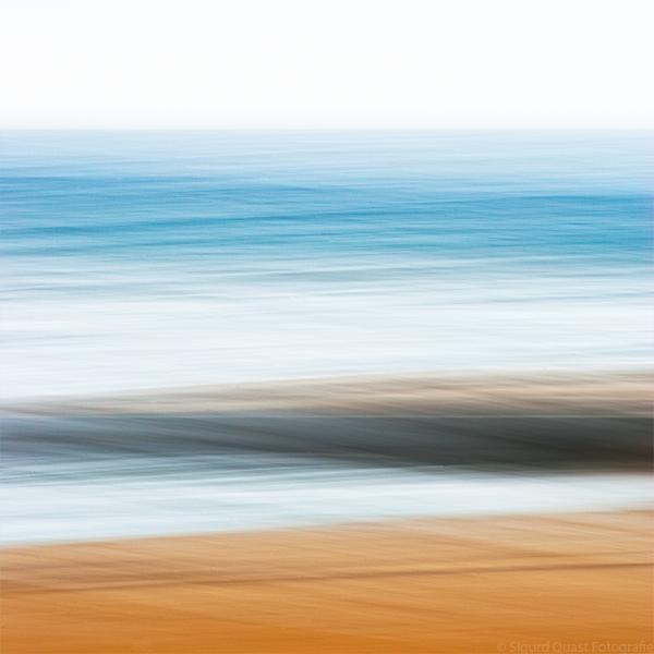 Floating by Sigurd-Quast