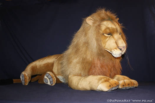 Hansa - Life size adult male Lion plush