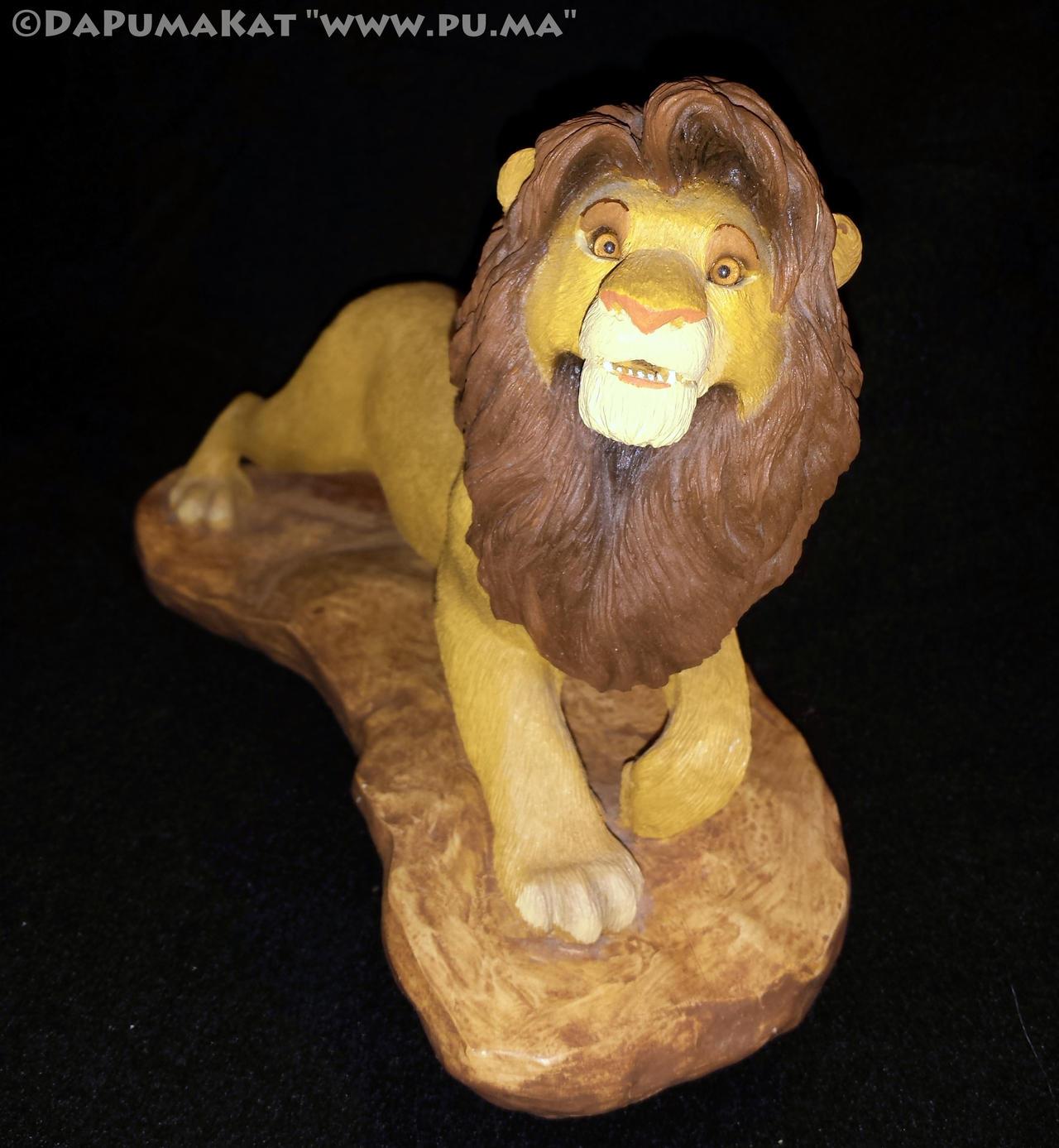 The Lion King - Adult Simba figure by Sandra Brue