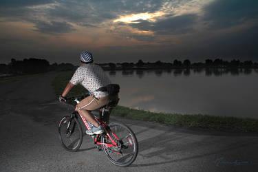 Bersepeda pagi by mibadezink