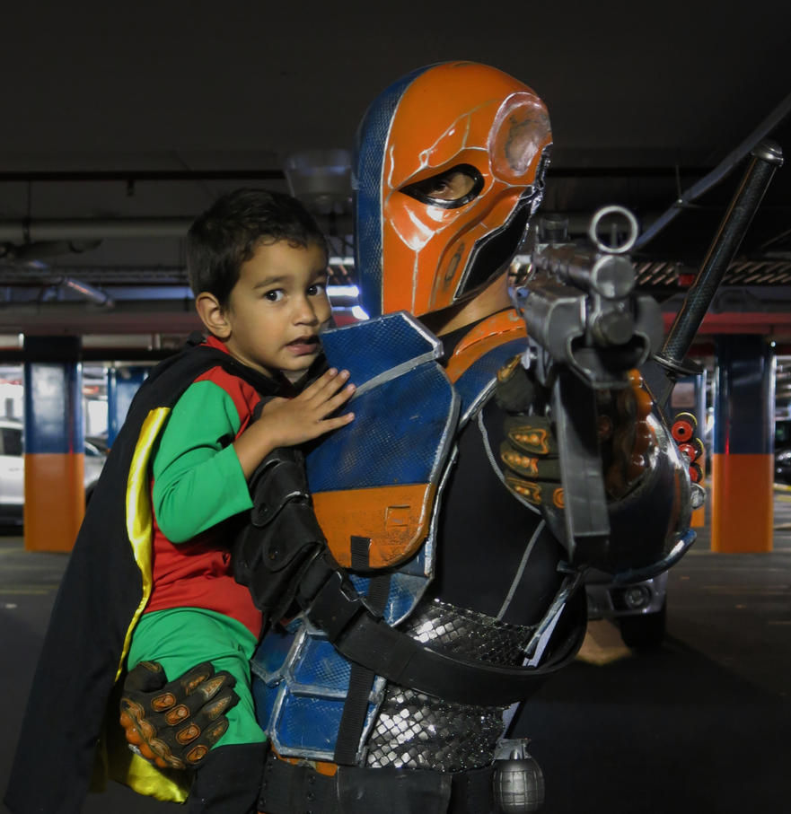 sc 1 st  DeviantArt & DEATHSTROKE Cosplay Costume (Arkham Origins) 5.0 by DadpoolCosplay ...