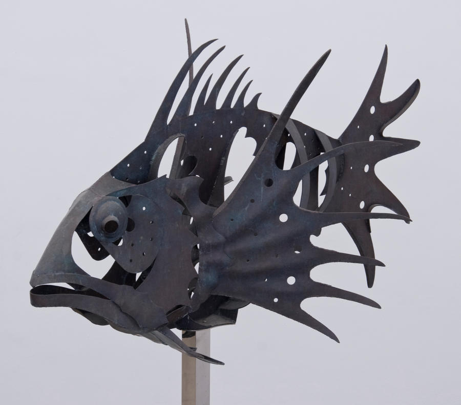 Statue of fish skeletons
