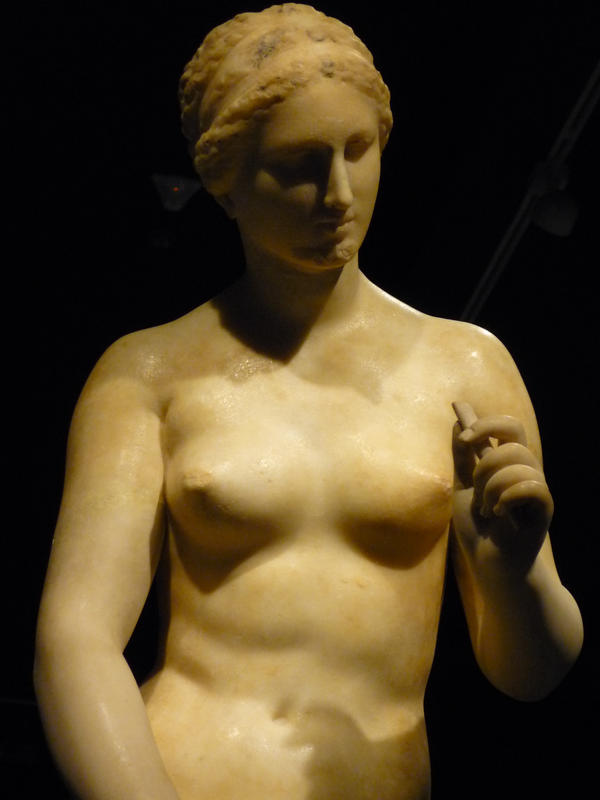 Aphrodite III by Yunamorena