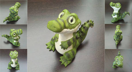 Cute Crocodile Sculpture