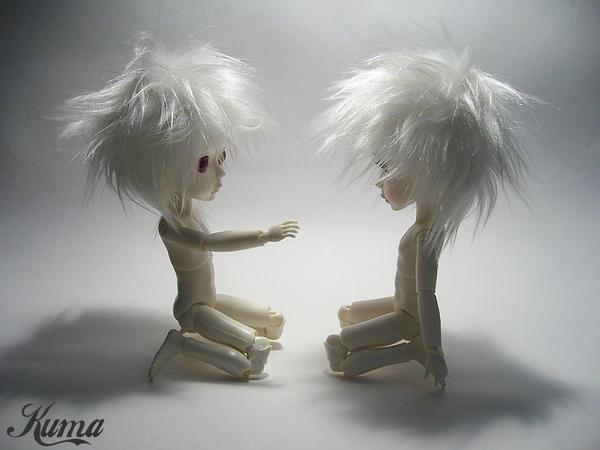 Hujoo White_twins_by_Kuma_bear