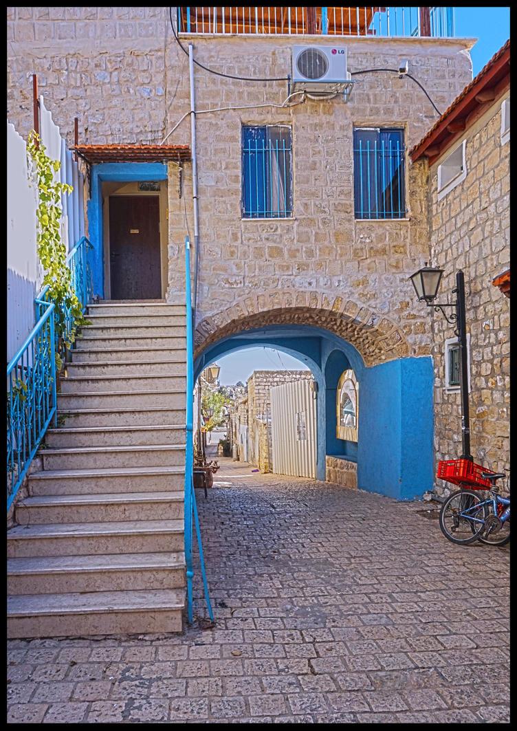 The blue alley by BubblingLittleJoy