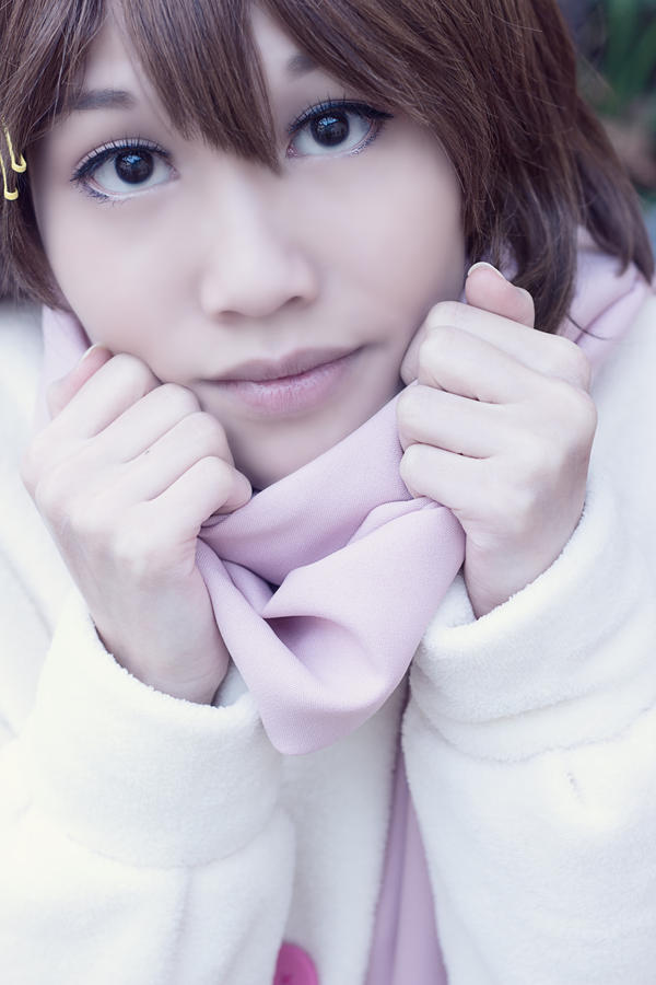 Yui Hirasawa (K-On) - fluffy fluffy warm in Winter by CupcakeStar-Xx