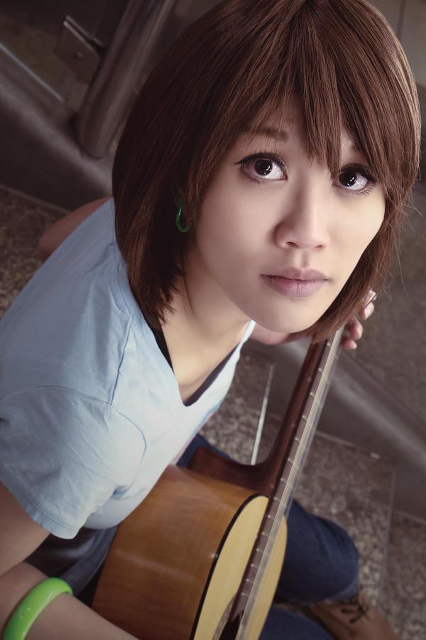 Yui Hirasawa (K-ON) - Listen!! by CupcakeStar-Xx
