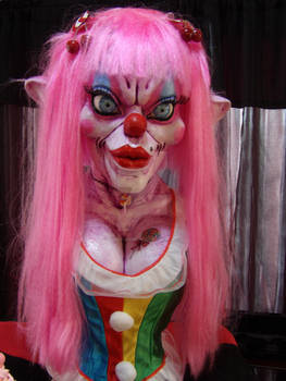 SLUTZO :the clown ( hat off)