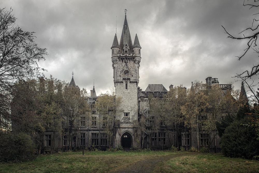 Stormin' Da Castle by schnotte