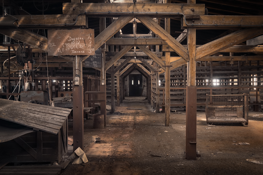industrial attic by schnotte