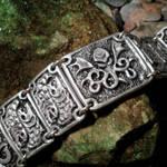Cthulhu Bracelet (silver grey)