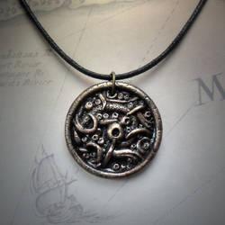 Eldritch Amulet (brass version)