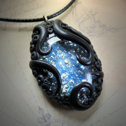 Tentacled Starry Glass Necklace