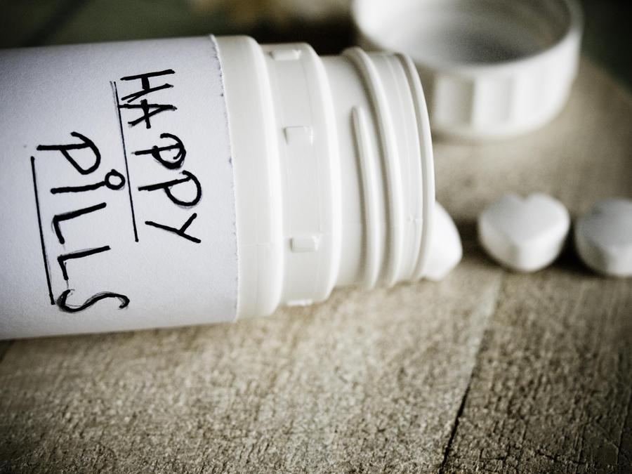 Happy Pills by Aeranos on DeviantArt