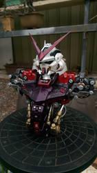 Gundam Astray red frame bust by lancalotz