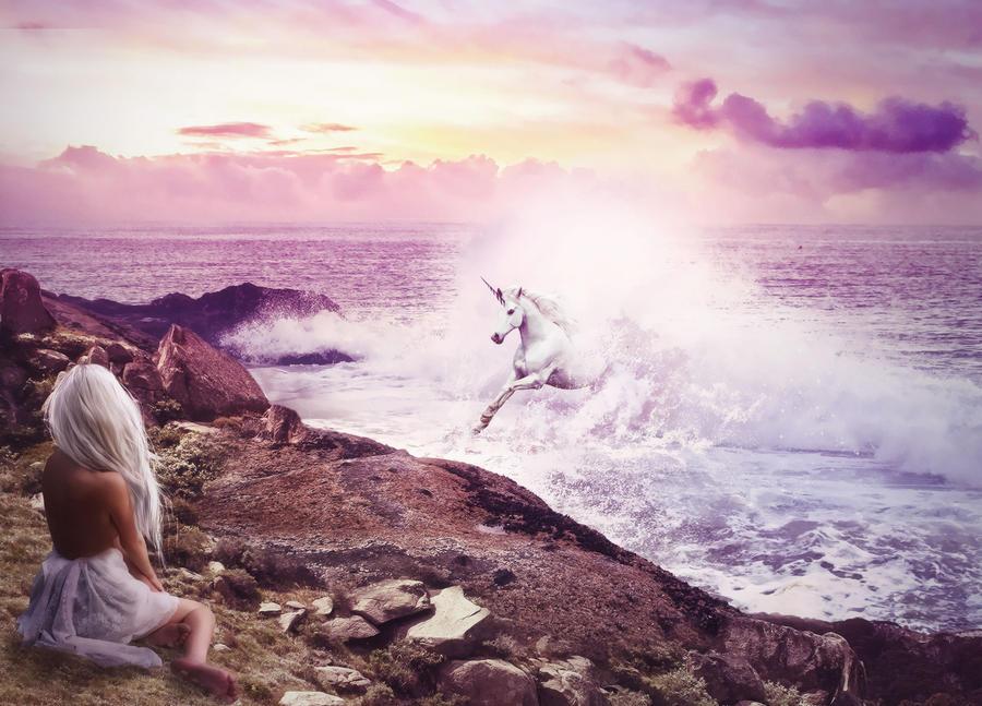 The last unicorn by Liyamoon